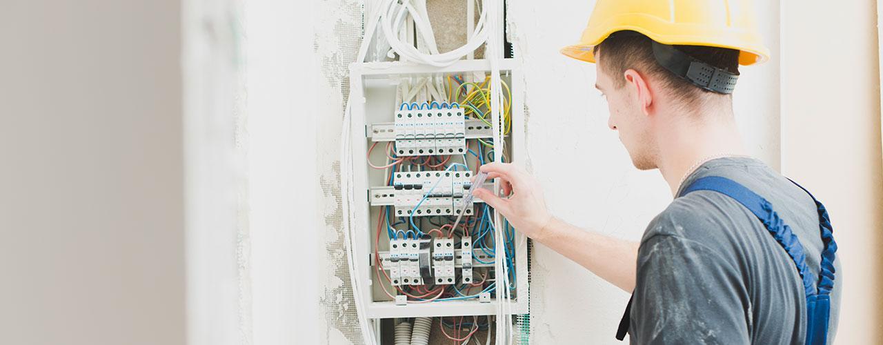 elliot electrical slide